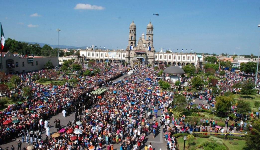 Miles de personas participan en Romería de Zapopan