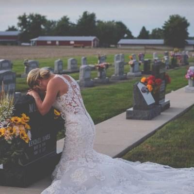 Fotos: Novia realiza boda a pesar de que el novio murió por conductor ebrio