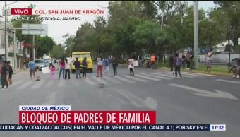 Padres de niños presuntamente abusados retoman bloqueo en Loreto Fabela