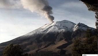 Popocatépetl emite dos explosiones y genera columnas