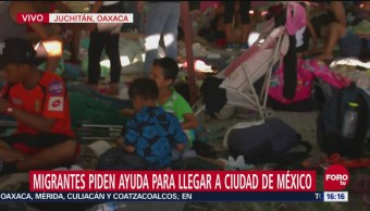 Primera caravana de migrantes descansa en Juchitán, Oaxaca