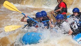 Mueren-Turistas-Costa-Rica-Rio-Rapido-Rafting
