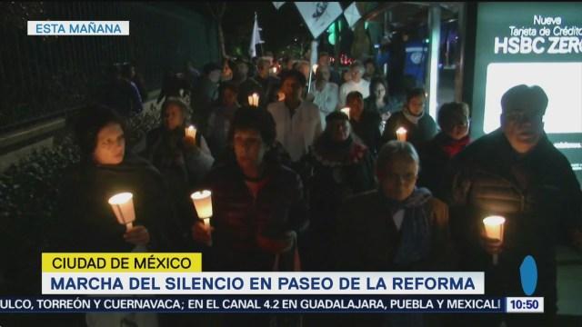 Realizan marcha del silencio a Tlatelolco