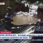 Soldados y marinos trabajan para contener el afluente del Papaloapan