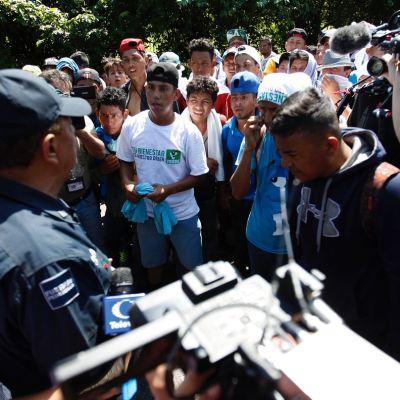 Caravana de migrantes hondureños llega a Tapachula, Chiapas