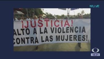 Trabajadores de salud marchan en Guerrero