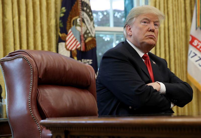 Trump anulará leyes ambientales para construcción de muro