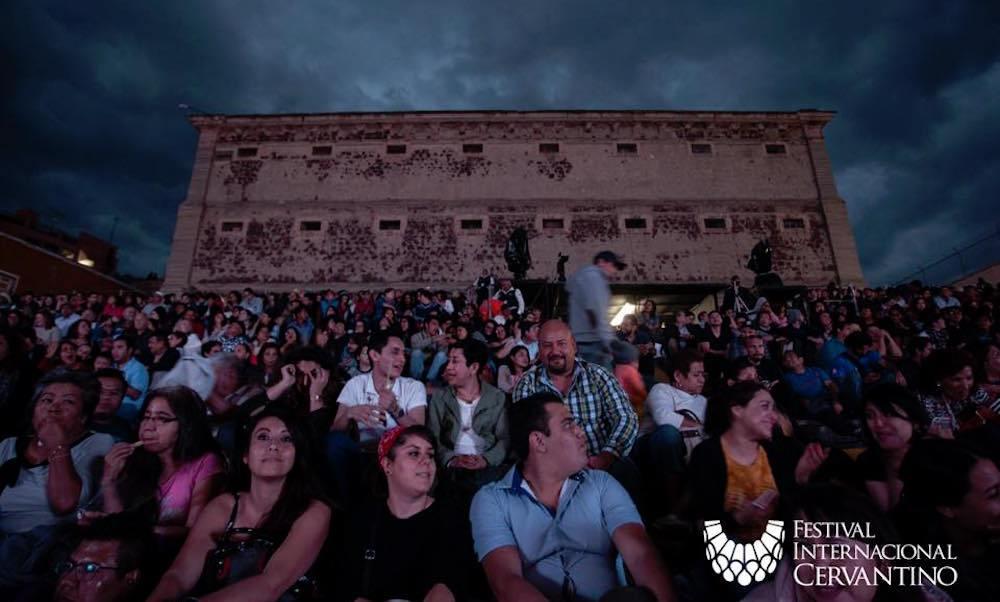 Cuánto turismo llega a Guanajuato durante el Festival Cervantino