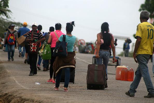 Venezuela crea política migratoria para 'defender' su soberanía