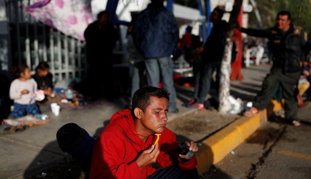 alcalde de tijuana arremete migrantes centroamericanos