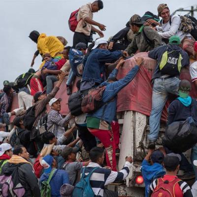 Caravana de migrantes acuerda avanzar hacia Ciudad Isla, Veracruz