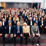 AMLO confirma a la SNTE desaparición de la evaluación