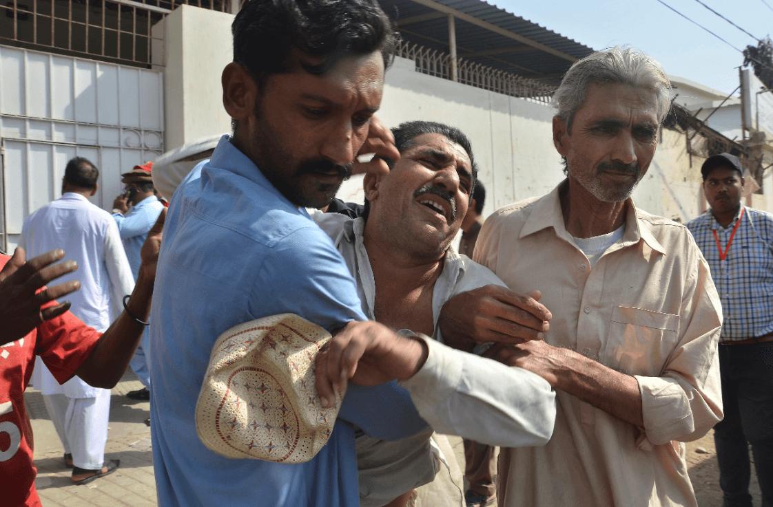 Ataque a consulado chino en Karachi, Pakistán. (AP)