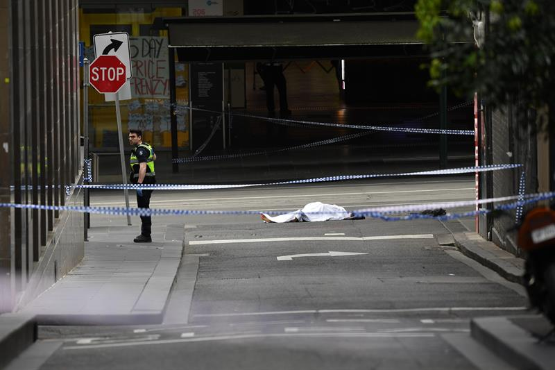 ataque con cuchillo en melbourne australia deja muerto y dos heridos