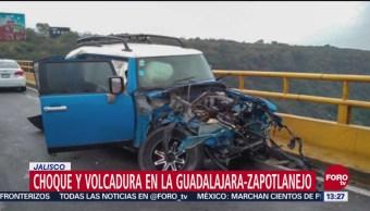 Automóvil Choca Contra Autobús Pasajeros Jalisco Hay Un Muerto
