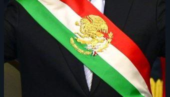 aprueban cambios en orden de colores de banda presidencial