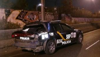 Camión cargado con hielo choca contra patrulla en calzada Zaragoza