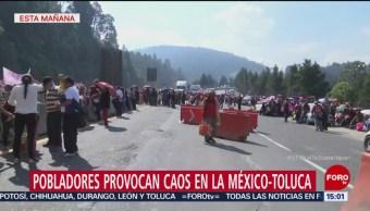 Caos vial por bloqueo en la carretera México-Toluca