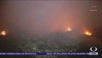 Controlan incendio en relleno sanitario de Chicoloapan