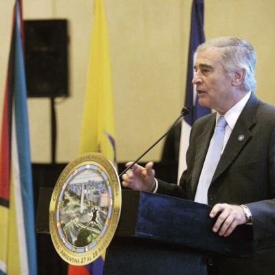 Gobierno argentino define como técnicamente imposible reflotar submarino