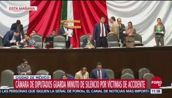 Diputados guardan minuto de silencio por víctimas de accidente en la México-Toluca