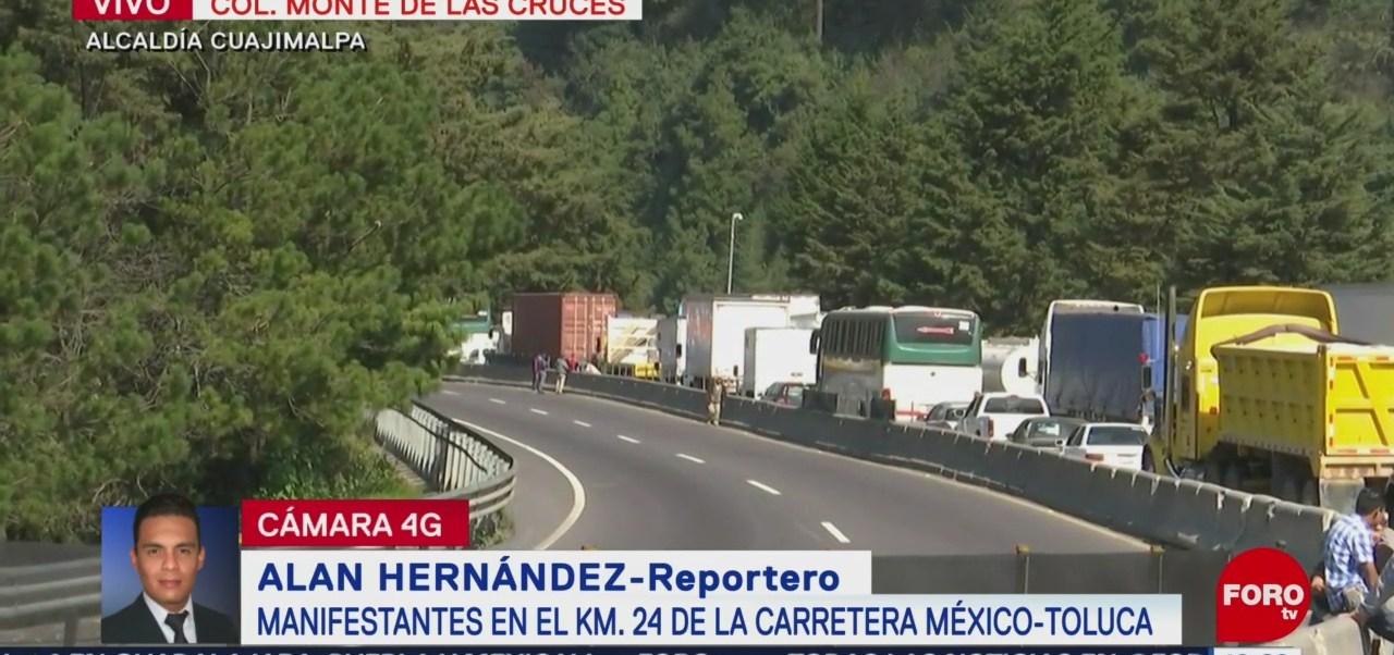 Sigue bloqueo en la carretera federal México-Toluca