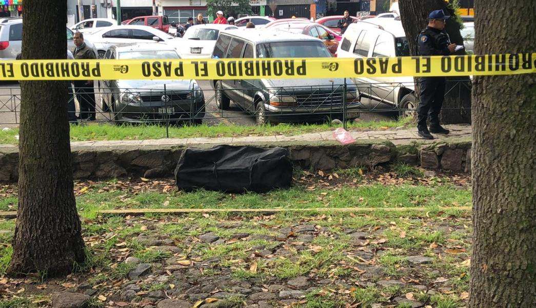 Encuentran maleta con restos humanos en Tlatelolco