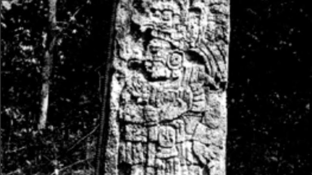 INAH descubre 23 estelas en antigua ciudad maya de Campeche