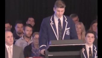 Video Estudiante Gay Recibe Aplausos Escuela