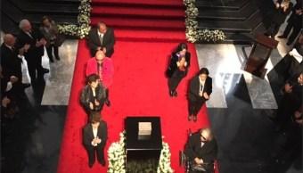 Fernando del Paso recibe homenaje en el Palacio de Bellas Artes