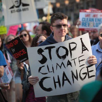 Cambio climático amenaza economía mundial: Congreso de EEUU