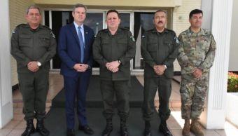 Militares de Nicaragua se reúnen con nuevo embajador de EEUU