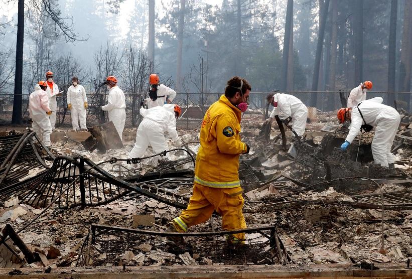 Suman 56 muertos por incendios forestales en California