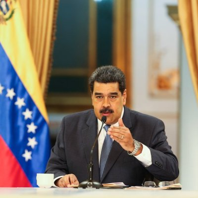 Maduro aumenta salario mínimo de 1,800 a 4,500 bolívares