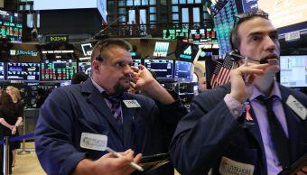 Wall Street cierra con pérdidas y el Dow Jones retrocede