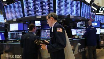 Wall Street cierra mixto y Dow Jones pierde 0.40 por ciento