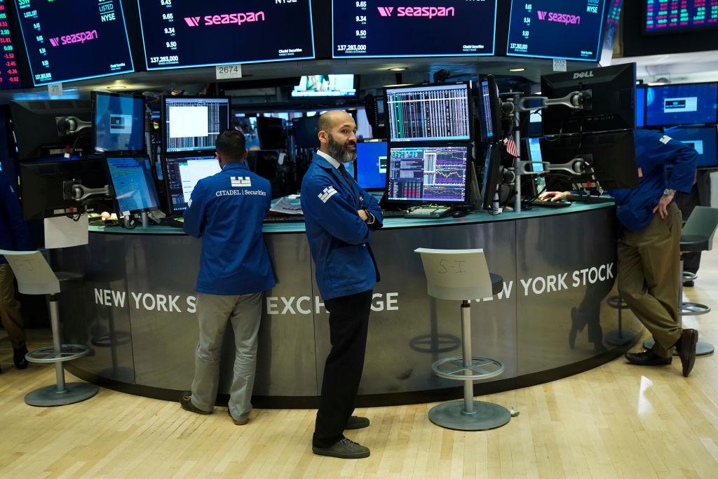 Wall Street cierra con pérdidas por sector tecnológico