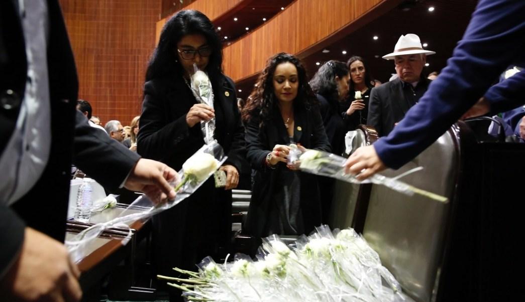Carmen Medel recibe muestras de afecto por asesinato de hija