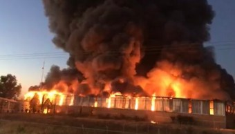 Incendio de hoy consume almacén del IMSS en Durango