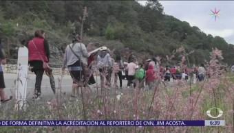 Indígenas tzotziles marchan de San Cristóbal a Tuxtla Gutiérrez