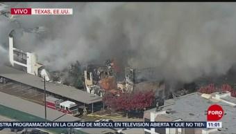 Intentan controlar incendio en condominios de Dallas, Texas