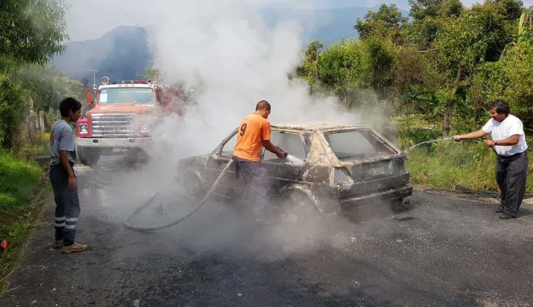 Linchan y queman a 4 presuntos secuestradores en Zitácuaro
