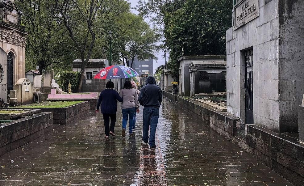 Lluvia continuará durante la tarde en la CDMX