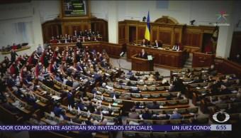 Ucrania declara ley marcial tras captura de embarcaciones