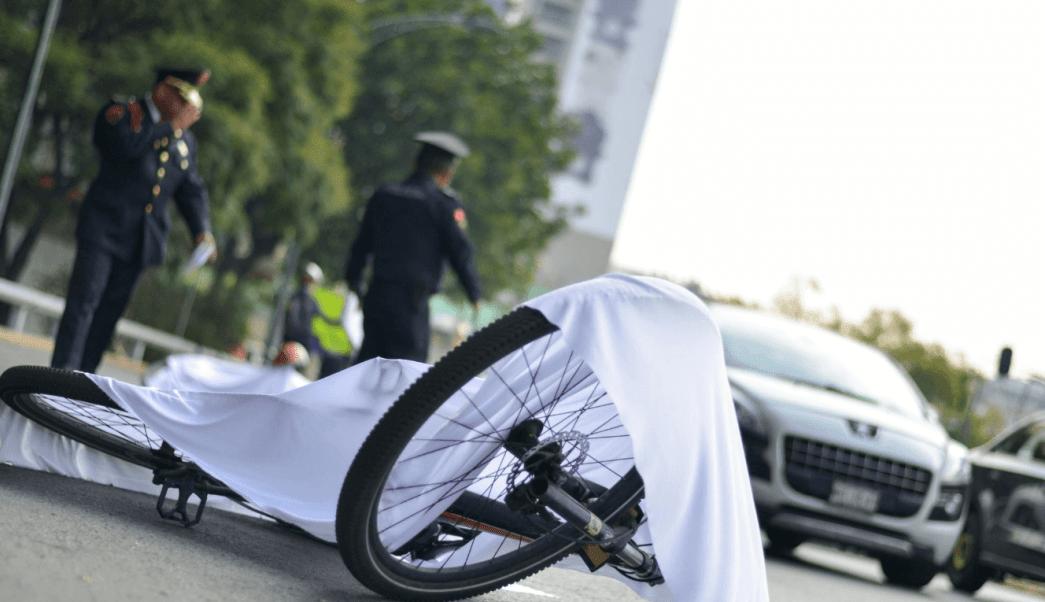 Ciclistas se manifiestan en CDMX, exigen respeto