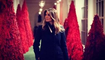 Melania Trump pinta de rojo la Casa Blanca para recibir la Navidad