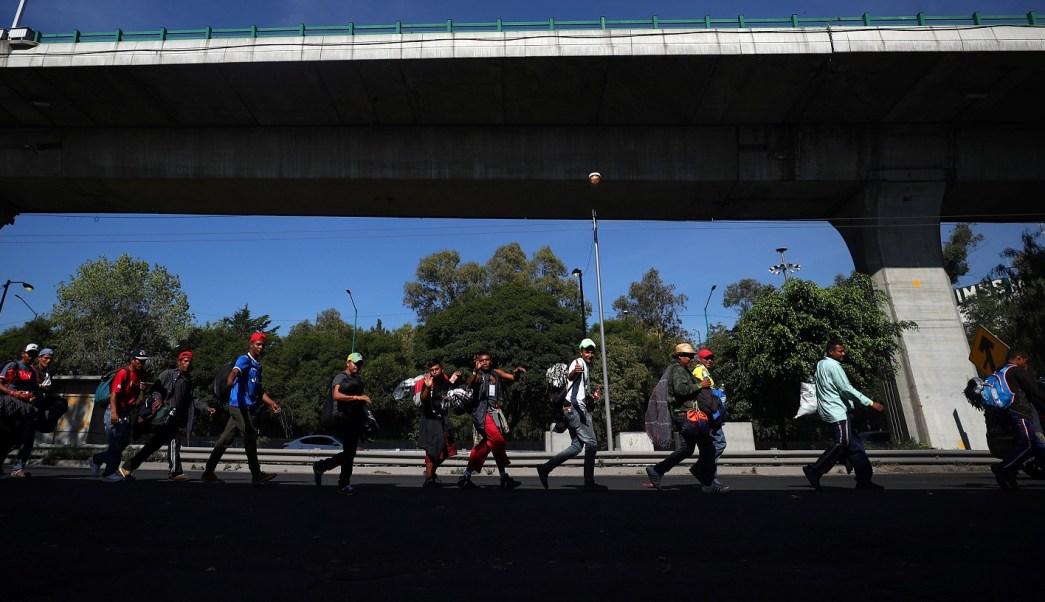 Caravana Migrante deja Magdalena Mixhuca; parte a Querétaro