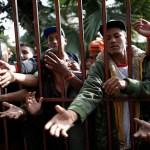 San Diego continúa en calma pese a llegada de migrantes