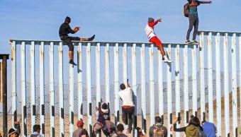 Migrantes llegan frontera de Tijuana, otros están en CDMX