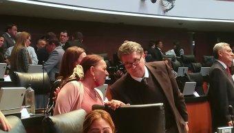 Morena presenta en el Senado iniciativa para fomentar confianza